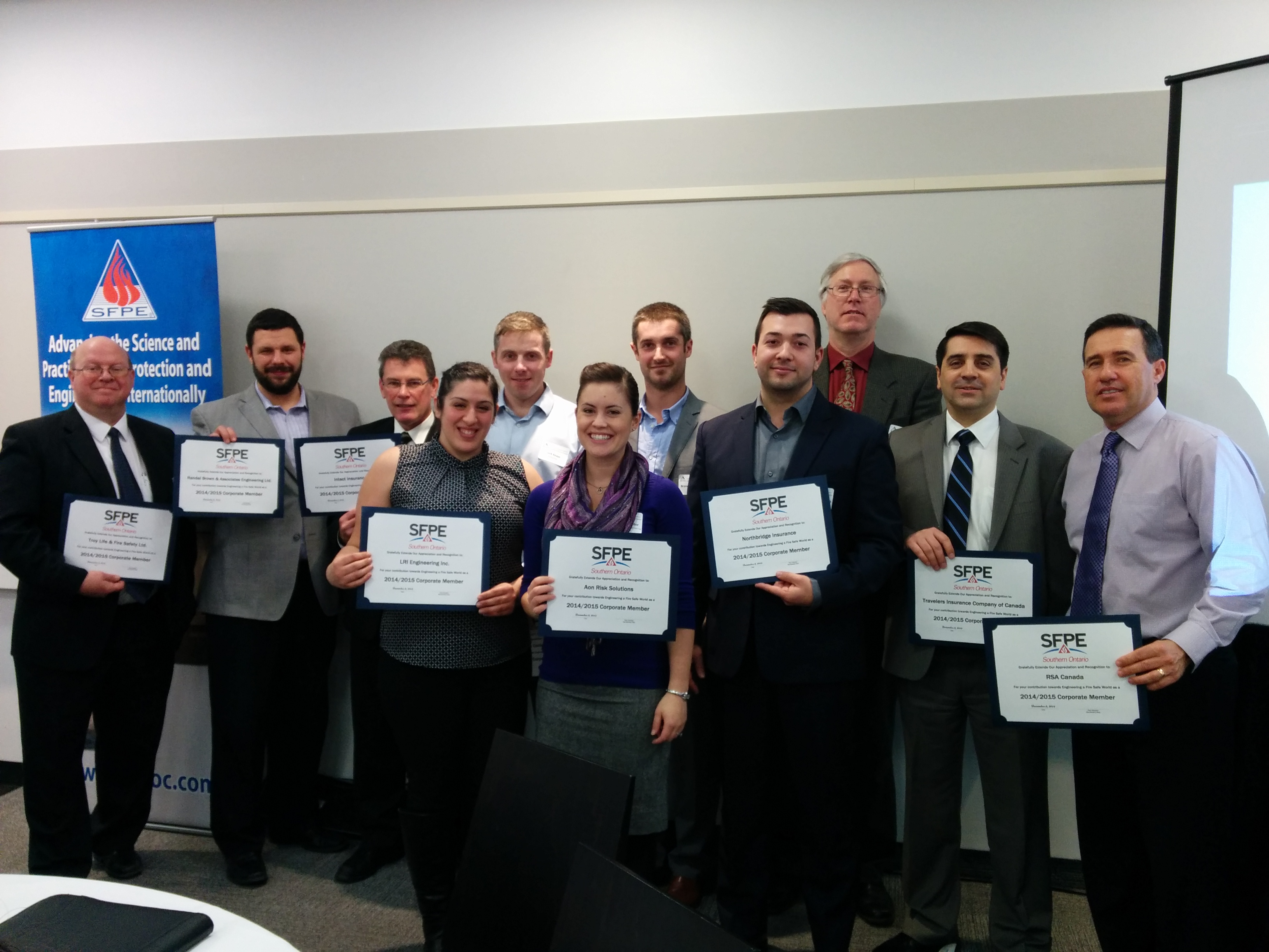 Corporate Members with their certificate of appreciation